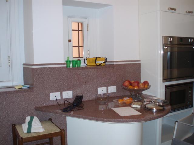 Rivestimenti top e piani in marmo per la cucina - Top per la cucina ...